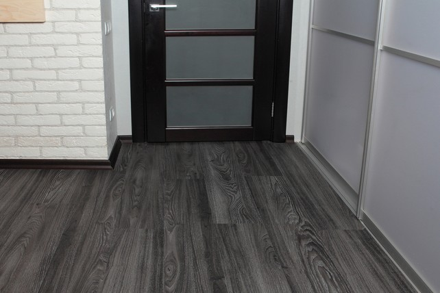 Decoria Office Tile 3153 Дуб Велье Выведен